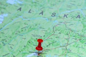 Ankerplatz auf einer Karte von Amerika befestigt foto
