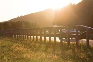 Sonnenuntergang auf der deutschen Autobahn