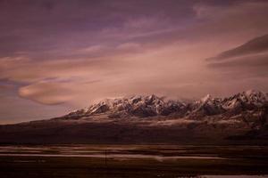 Berge in der Abenddämmerung