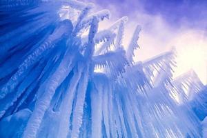 Eisburgen Eiszapfen und Eisformationen foto