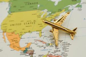 Flugzeug nach Nordamerika reisen foto