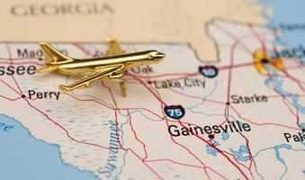 goldenes Flugzeug in Gainesville, Florida foto