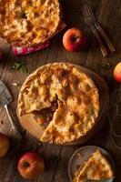 frischer hausgemachter Apfelkuchen foto