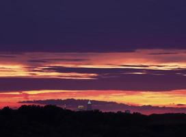 bunter Sonnenuntergang über Cleveland foto