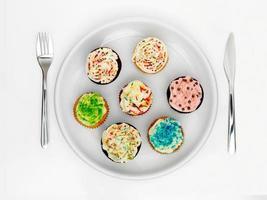 Teller mit Süßigkeiten foto