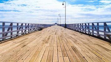 Pier in der Sommersonne foto
