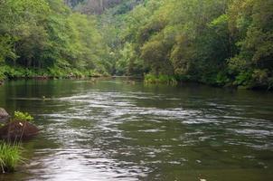 parque natural fragas do eume - galizien (españa) foto
