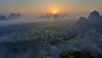 im Morgengrauen von Yangshuo