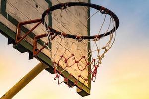 Basketballnetz im Freien foto