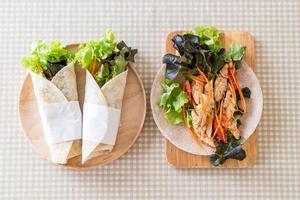 gesundes Wrap-Sandwich foto
