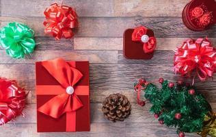 Weihnachtsgeschenkboxen Flatlay foto