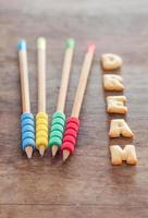 Traum Alphabet Kekse mit Bleistiften foto