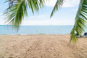 Hintergrund des Palmenresorts