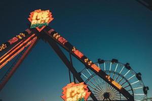 Los Angeles, Kalifornien, 2020 - faire Fahrt in der Abenddämmerung foto