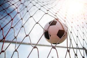 Fußball steigt ins Tornetz foto