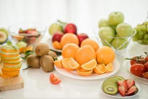 verschiedene frische Früchte