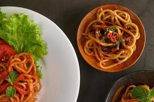 italienische Pasta mit Sauce foto