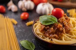 Spaghetti mit hausgemachter Sauce foto
