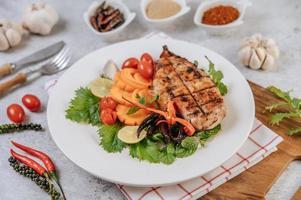 Hühnchensteak mit Gemüse