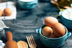 Eier in einer Schüssel