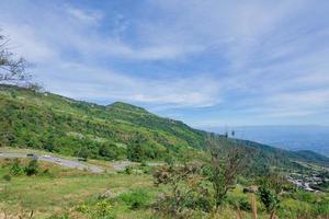 Landschaft bei Phu Tubberk in Thailand foto