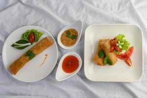 gebratene thailändische Eierbrötchen