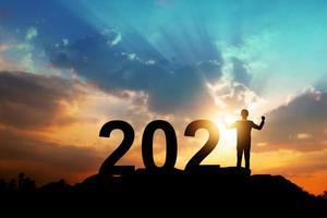 Silhouette des neuen Jahres 2021