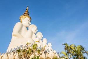 Buddha-Statue bei Wat Phra, dass Pha Son Kaeo