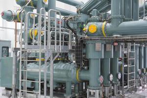 Rohre im Kraftwerk in Thailand foto