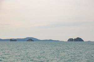 kleine Insel im Golf von Thailand foto
