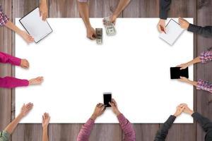 Draufsicht auf das Treffen des Geschäftsteams
