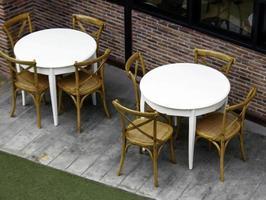 Tischdekoration im Freien