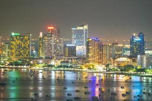 Pattaya Stadt am Abend