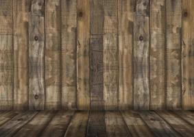 leerer Holzraum für die Präsentation von Produkten foto