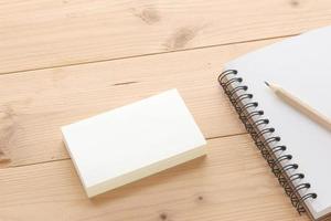 Visitenkartenmodell mit Notizbuch foto