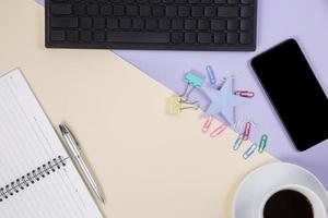 flache Lage, Draufsicht Bürotisch Schreibtisch