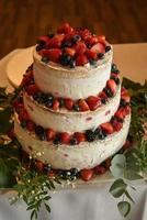 Beeren auf Kuchen foto