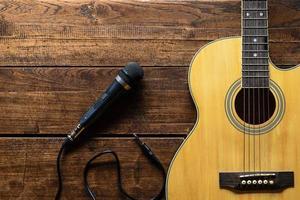 Mikrofon und Gitarre foto