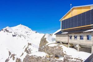 birg station in den schweizer alpen in murren