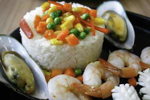 Reis mit Meeresfrüchten foto