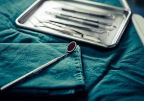 professionelle zahnärztliche Ausrüstung foto