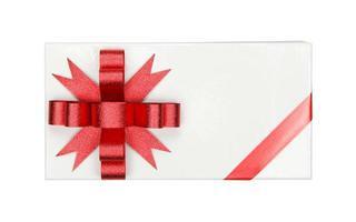 Box mit roter Schleife und Band