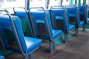 Sitzplätze im Bus foto