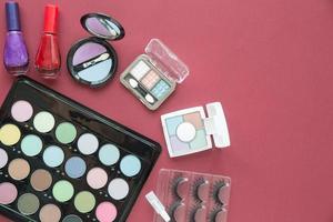 Draufsicht des kosmetischen Schönheits-Make-ups foto