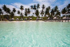 Tropicana Beach Resort, Lagos, Nigeria, 2020 - Strand unter klarem Himmel und Palmen