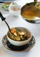 Suppe in einer Schüssel foto