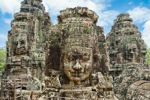 alte Steingesichter am Bajon-Tempel, Angkor Wat, Siam Reap, Kambodscha