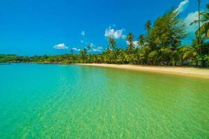 Strand auf einer wunderschönen Paradiesinsel foto