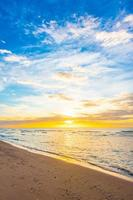 Sonnenuntergang über dem Strand