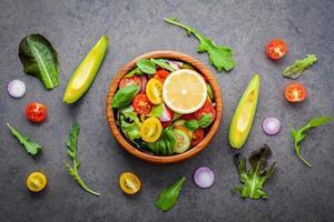 Draufsicht auf Salat foto